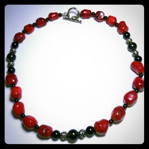 Jewelry - Red and Black Glass Beaded Necklace